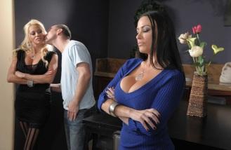 Nikita von James & Vanilla Deville Beautiful