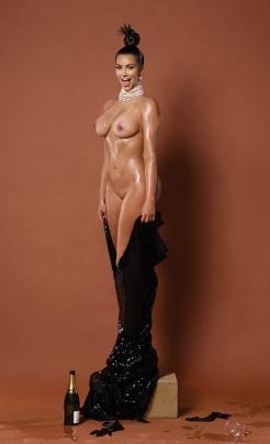 Kim Kardashian & Nikki Benz
