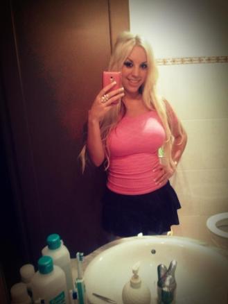 Blondie Fesser Selfie