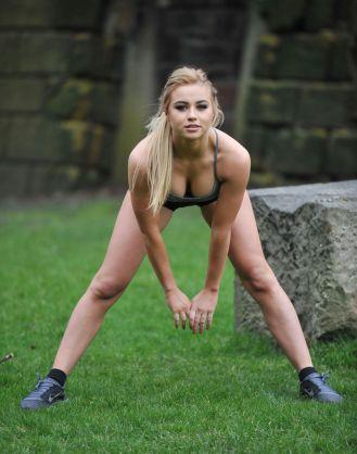 Melissa Reeves pechos